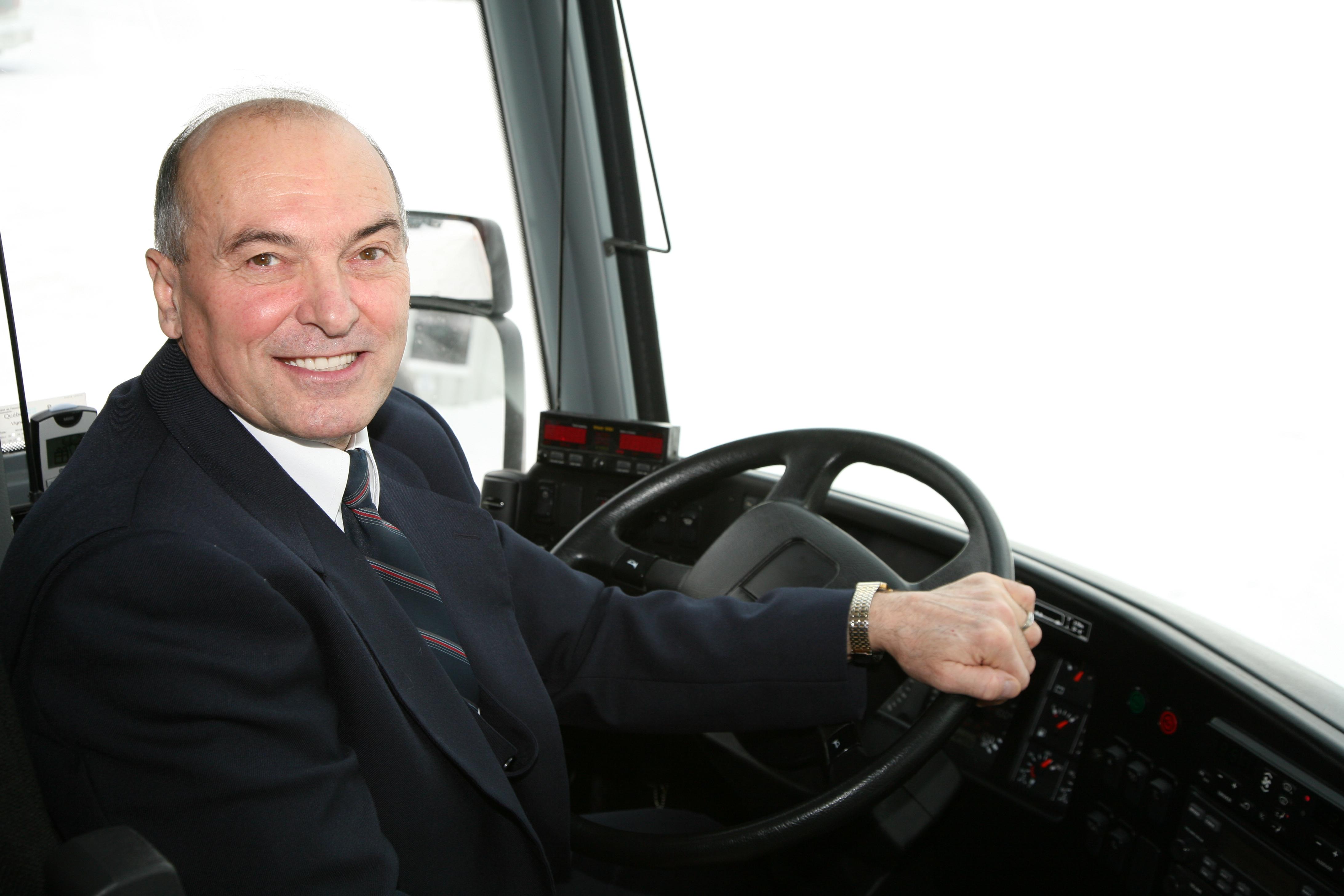 CHAUFFEURS D'AUTOCAR – POSTE PERMANENT – SECTEUR ROUYN-NORANDA